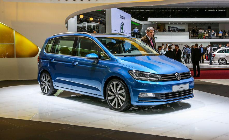 2016 Volkswagen Touran - Slide 5