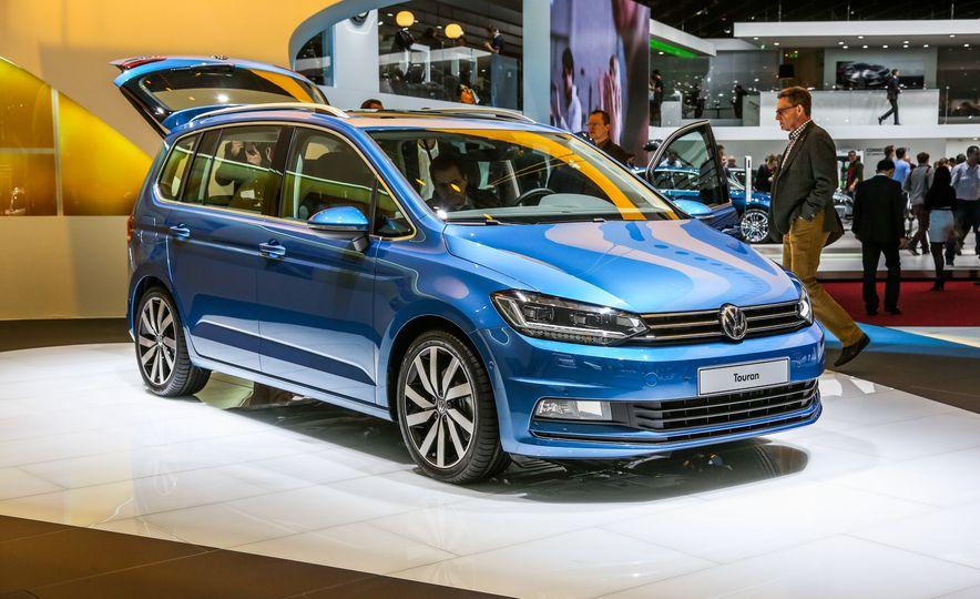 2016 Volkswagen Touran - Slide 6