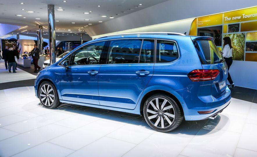 2016 Volkswagen Touran - Slide 7