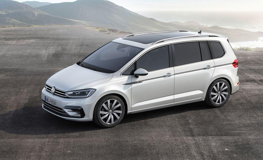 2016 Volkswagen Touran - Slide 19