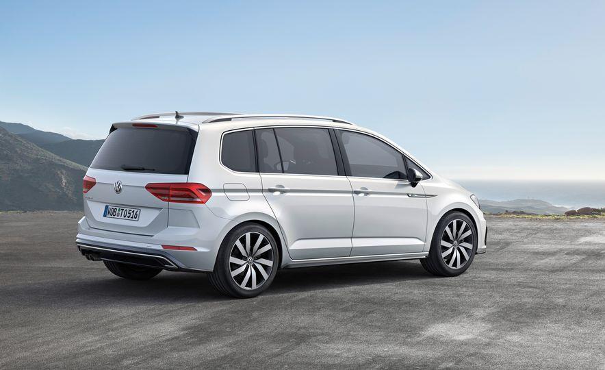 2016 Volkswagen Touran - Slide 20