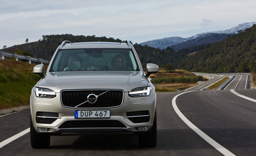 2016 Volvo XC90 D5 (Euro-spec) and T6 - Slide 88