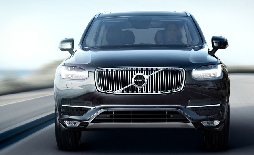 2016 Volvo XC90 D5 (Euro-spec) and T6 - Slide 9