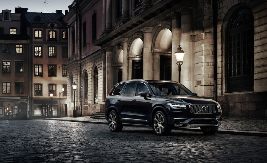 2016 Volvo XC90 D5 (Euro-spec) and T6 - Slide 12