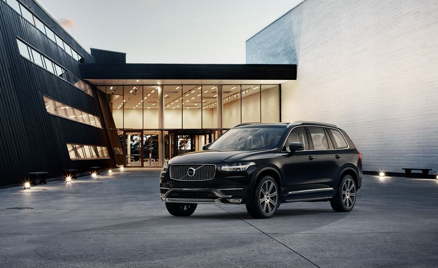2016 Volvo XC90 D5 (Euro-spec) and T6 - Slide 14