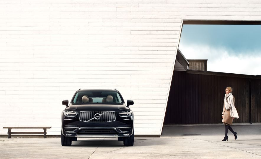 2016 Volvo XC90 D5 (Euro-spec) and T6 - Slide 15