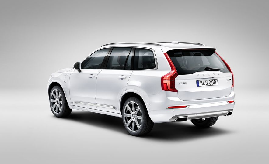 2016 Volvo XC90 D5 (Euro-spec) and T6 - Slide 117