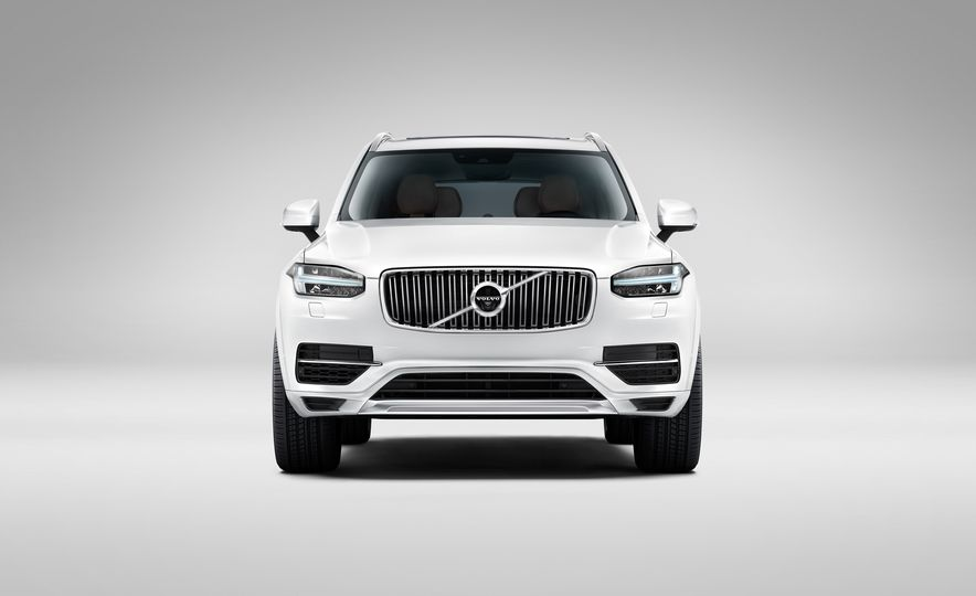 2016 Volvo XC90 D5 (Euro-spec) and T6 - Slide 119