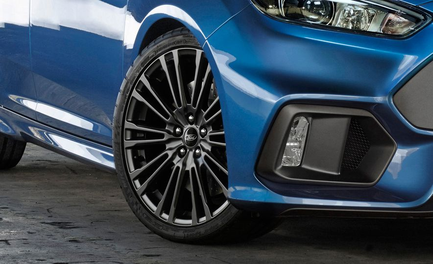 The Focus RS is finally here!  - Slide 15