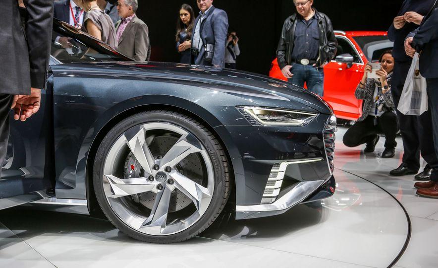 Audi Prologue Avant concept - Slide 19