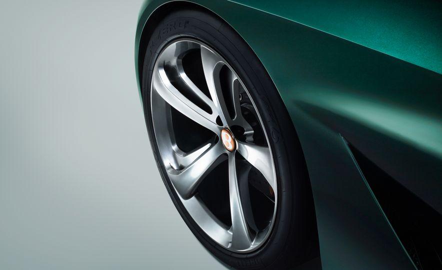 Bentley EXP 10 Speed 6 concept - Slide 36