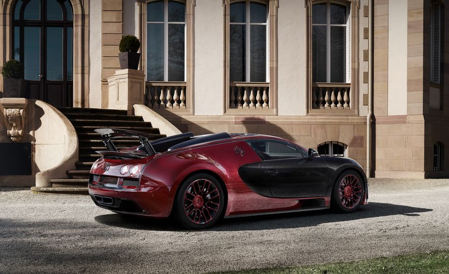 2015 Bugatti Veyron 16.4 Grand Sport Vitesse La Finale - Slide 17