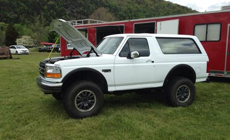 It Fits: Evil Genius Slaps Bronco Body Over F-150 Raptor Running Gear