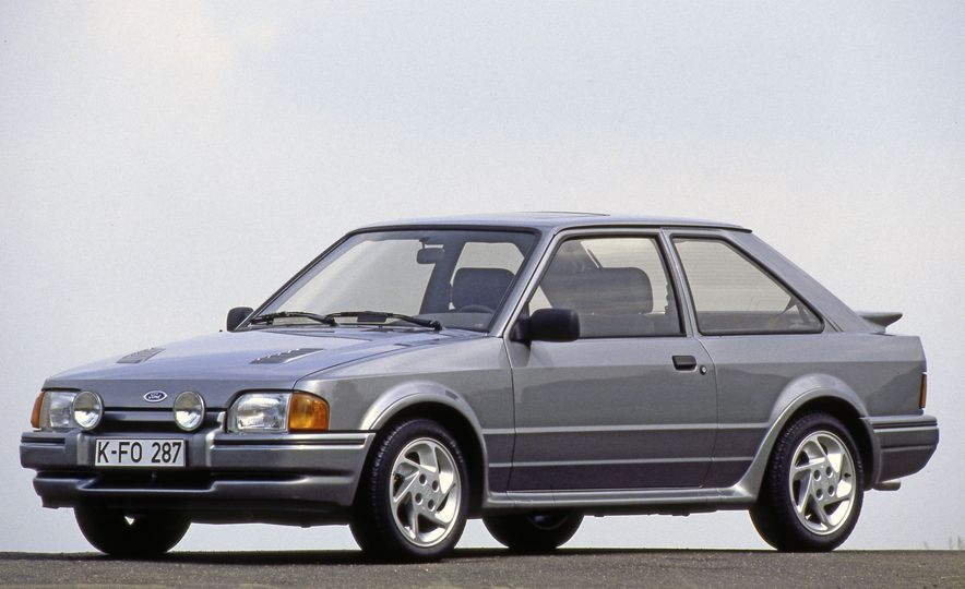 The Story of RS: A Visual History of Every Ford RS Model - Slide 19