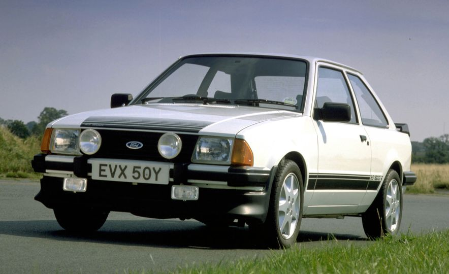 The Story of RS: A Visual History of Every Ford RS Model - Slide 15