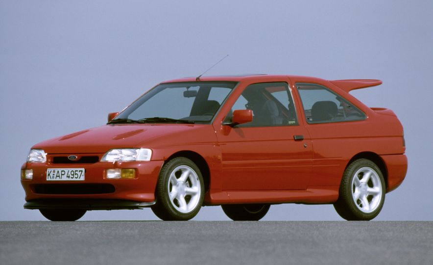 The Story of RS: A Visual History of Every Ford RS Model - Slide 25