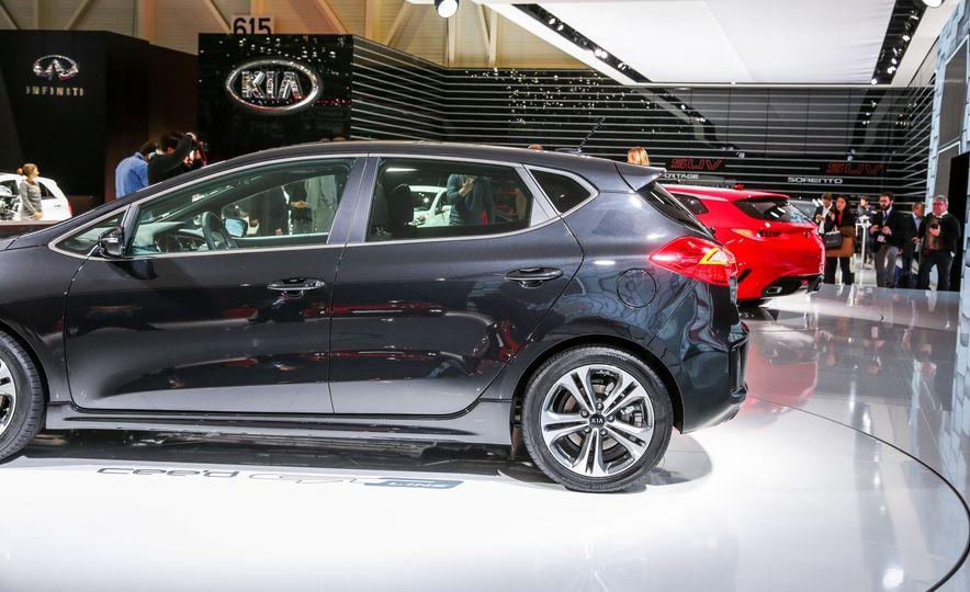 Kia Cee'd GT concept - Slide 10