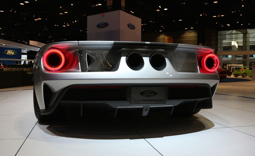 Silver Fox: The New Ford GT Looks Damn Good in Silver and Racing Stripes - Slide 12
