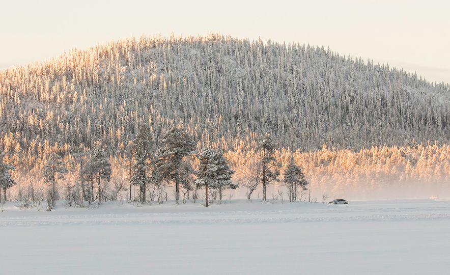 Mercedes-AMG Winter Academy: Driving AMGs in Sweden in the Dead of Winter - Slide 44