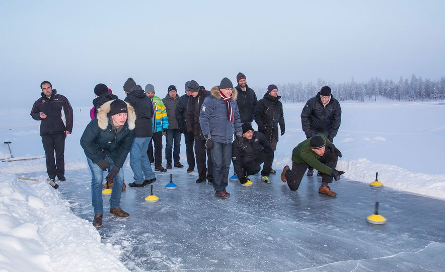 Mercedes-AMG Winter Academy: Driving AMGs in Sweden in the Dead of Winter - Slide 89