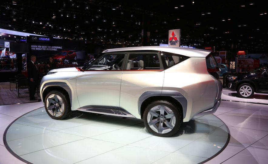 Mitsubishi GC-PHEV concept - Slide 9
