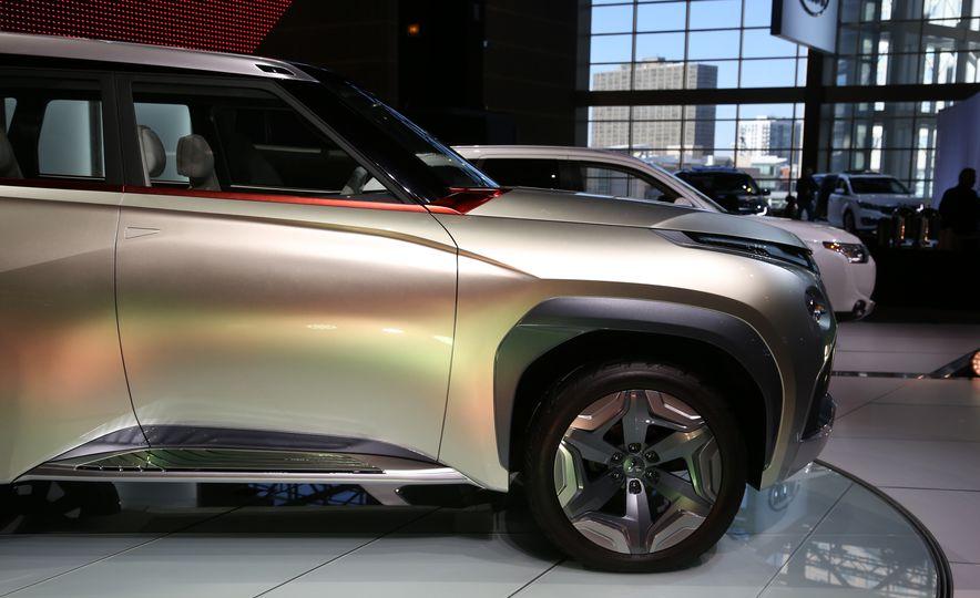 Mitsubishi GC-PHEV concept - Slide 10