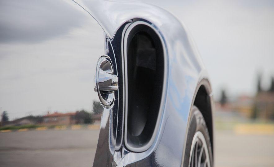 2014 Porsche 911 Turbo S cabriolet - Slide 23