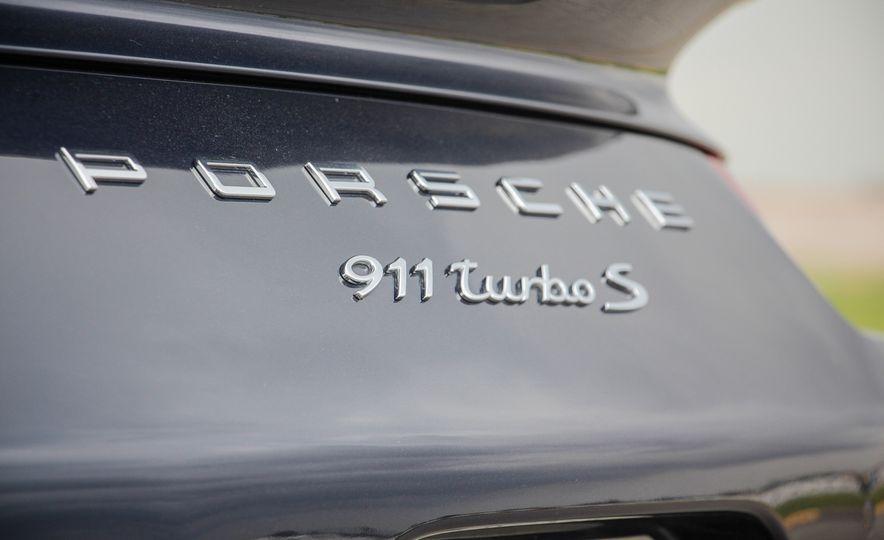 2014 Porsche 911 Turbo S cabriolet - Slide 27