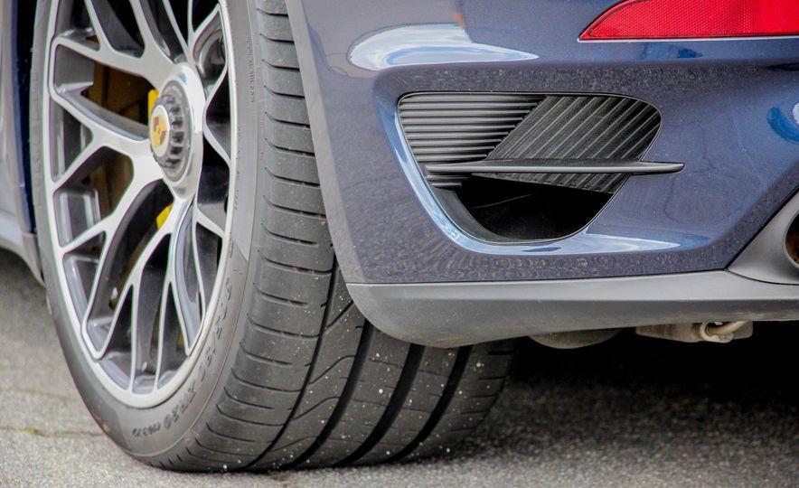 2014 Porsche 911 Turbo S cabriolet - Slide 28