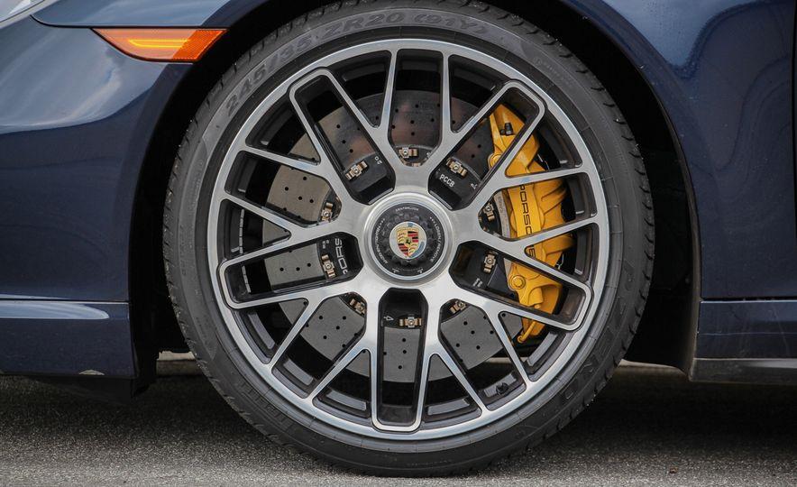 2014 Porsche 911 Turbo S cabriolet - Slide 31