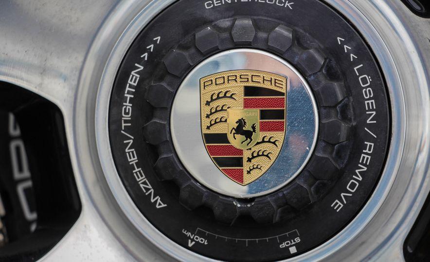 2014 Porsche 911 Turbo S cabriolet - Slide 35
