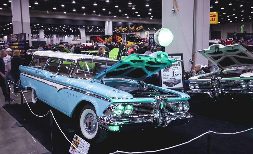 2015 Autorama: A Mega Gallery of Detroit's Iconic Hot Rod Show - Slide 128