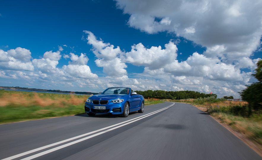 2015 BMW M235i convertible - Slide 2