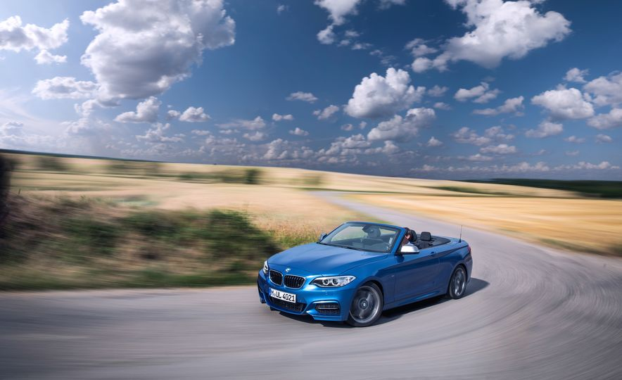 2015 BMW M235i convertible - Slide 6