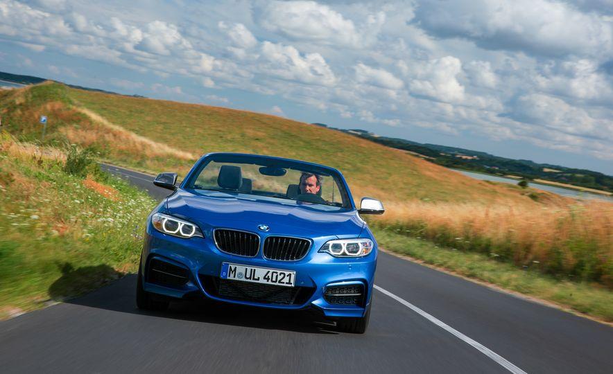 2015 BMW M235i convertible - Slide 14