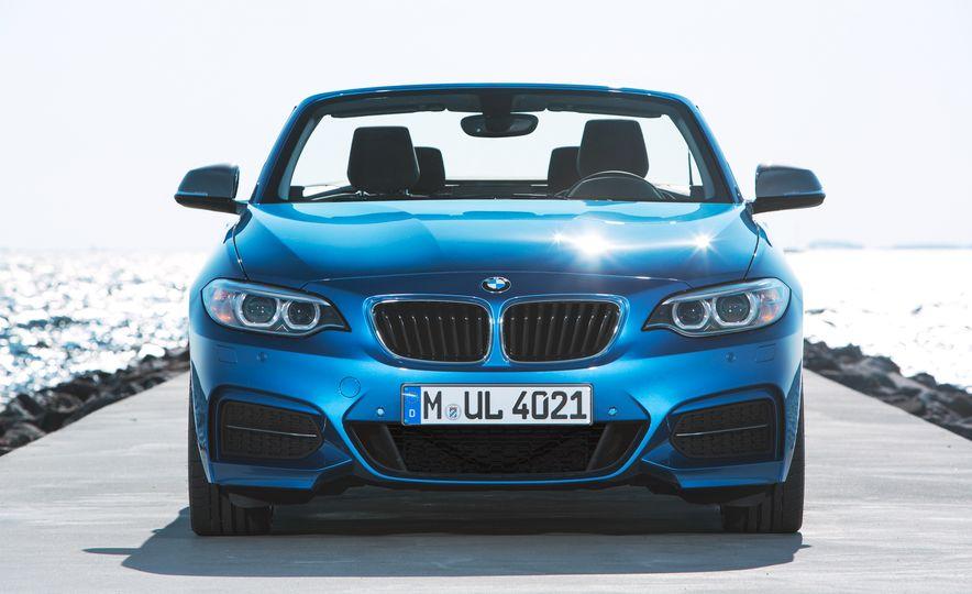 2015 BMW M235i convertible - Slide 20