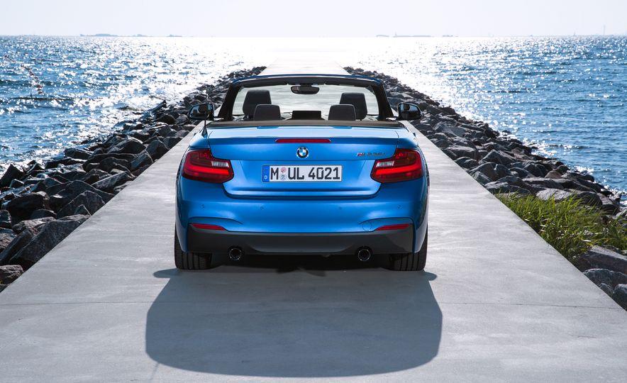 2015 BMW M235i convertible - Slide 21