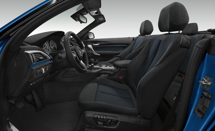 2015 BMW M235i convertible - Slide 22