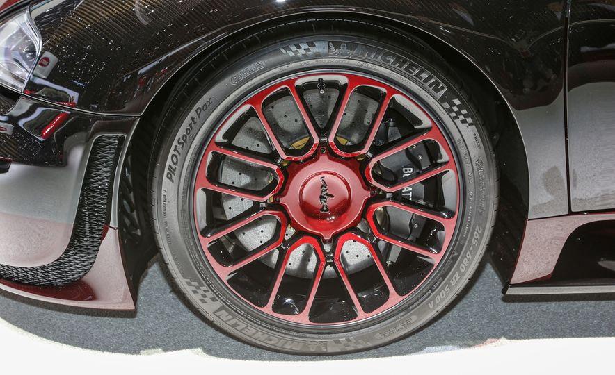 2015 Bugatti Veyron 16.4 Grand Sport Vitesse La Finale - Slide 14