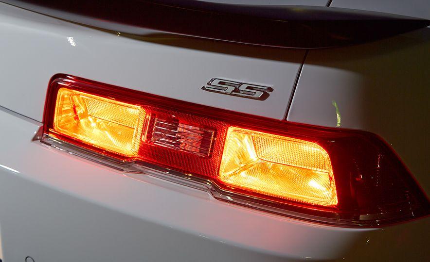 2015 Chevrolet Camaro SS 1LE - Slide 12
