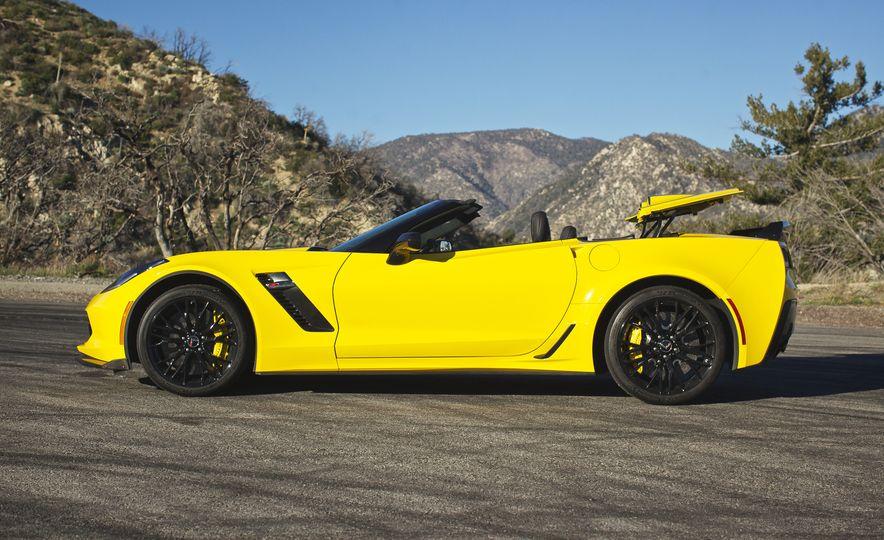 2015 Chevrolet Corvette Z06 convertible - Slide 19