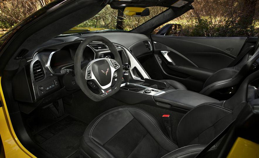2015 Chevrolet Corvette Z06 convertible - Slide 52