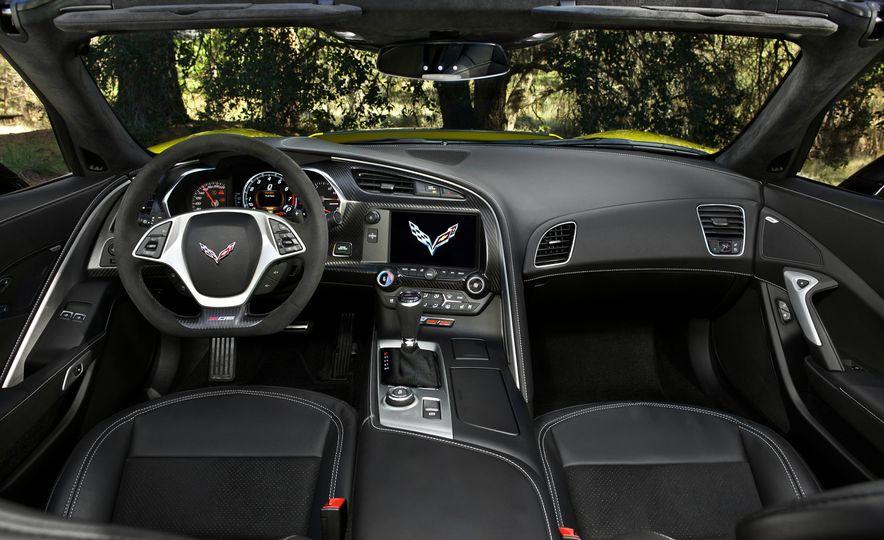 2015 Chevrolet Corvette Z06 convertible - Slide 53