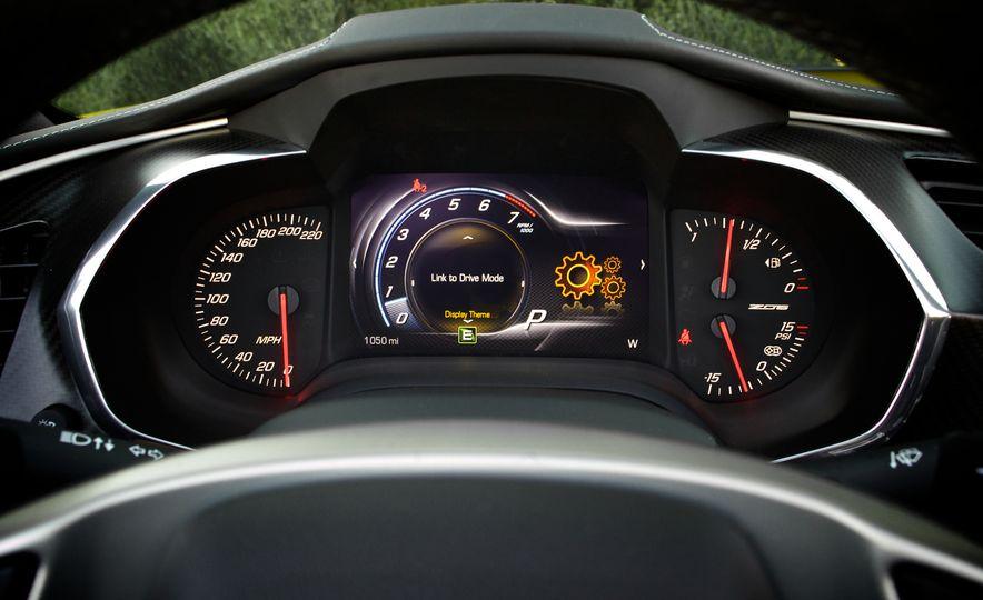2015 Chevrolet Corvette Z06 convertible - Slide 58