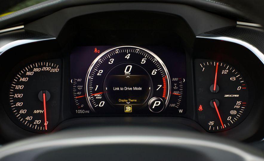 2015 Chevrolet Corvette Z06 convertible - Slide 60