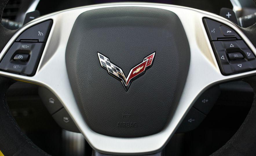 2015 Chevrolet Corvette Z06 convertible - Slide 66
