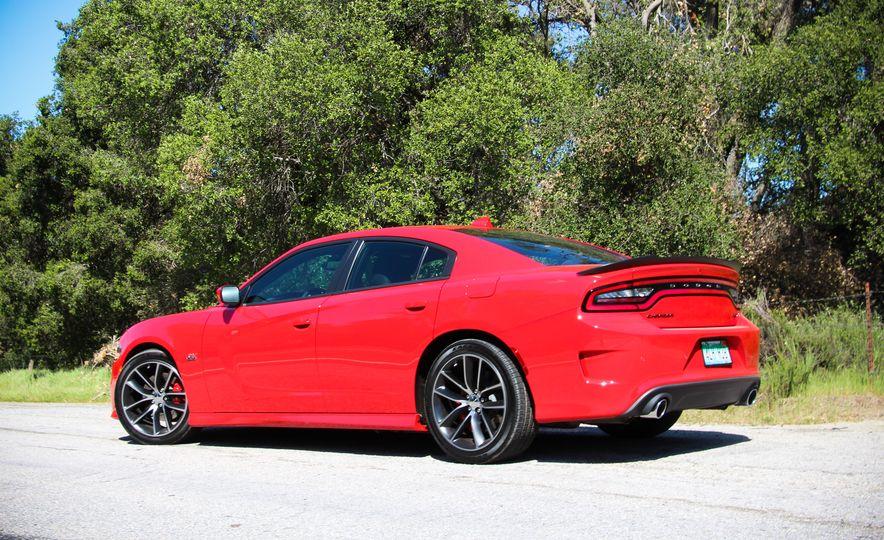 2015 Dodge Charger R/T Scat Packs - Slide 7