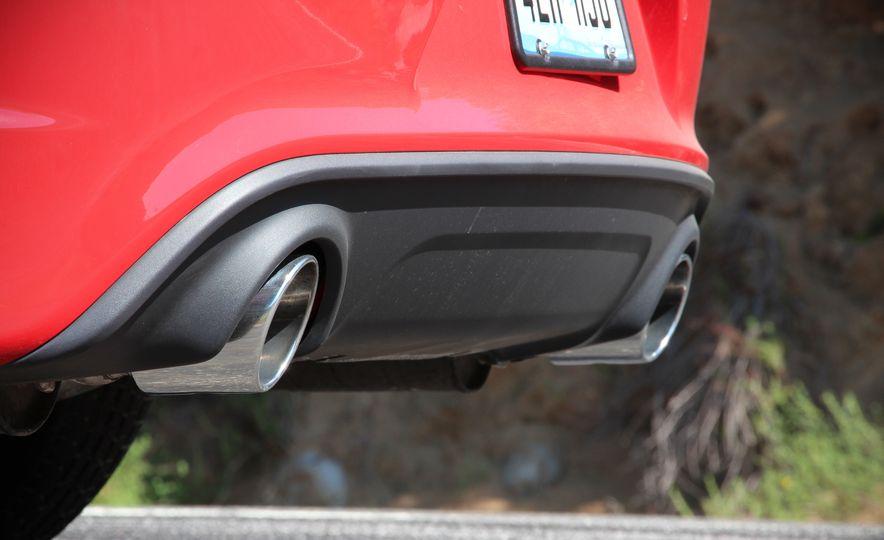 2015 Dodge Charger R/T Scat Packs - Slide 17