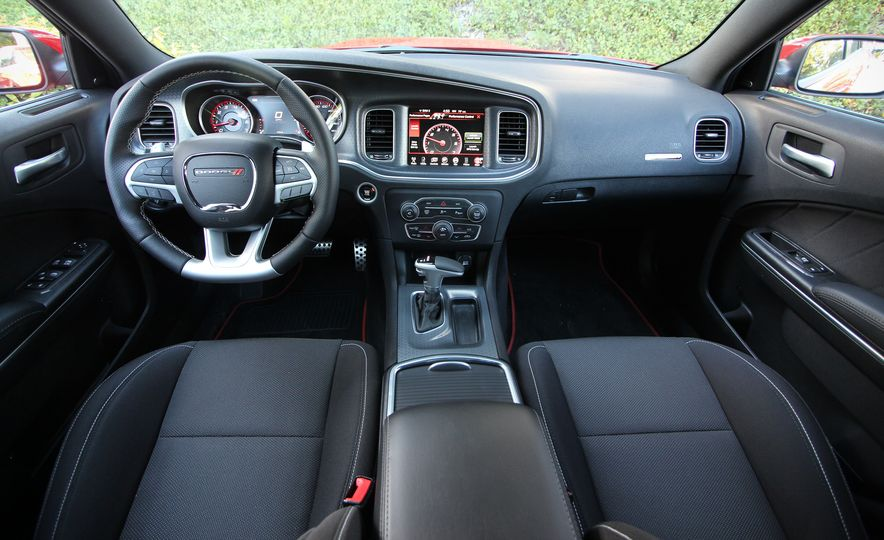 2015 Dodge Charger R/T Scat Packs - Slide 21