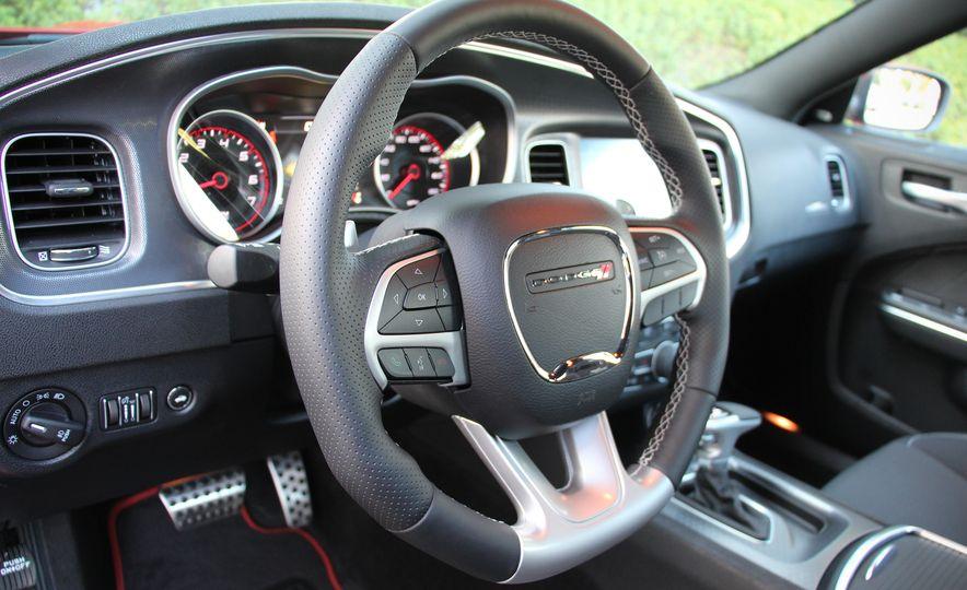 2015 Dodge Charger R/T Scat Packs - Slide 25